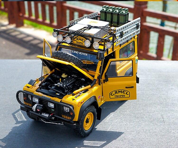 Almost Real 1/18 Land Rover Defender 90 110 CAMEL TROPHY