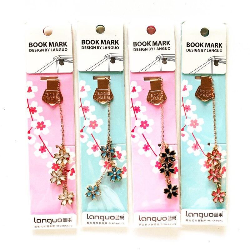 1X Elegant Flower Sakura And Diamond Metal Chain Pendant Bookmark Marker Of Page School Office Supply Student Stationery Gift