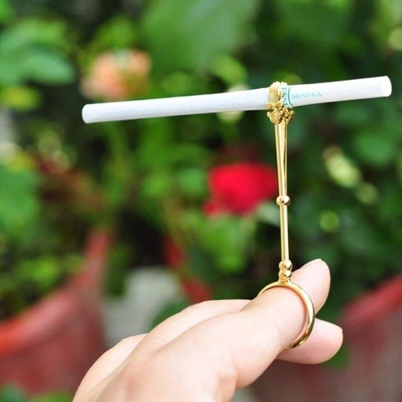 Fashion Cigarette Holder Ring Rack Vintage Metal Men Women Finger Clip Rack Slim Gondolas Cigarettes Smokers Smoking Gift Set