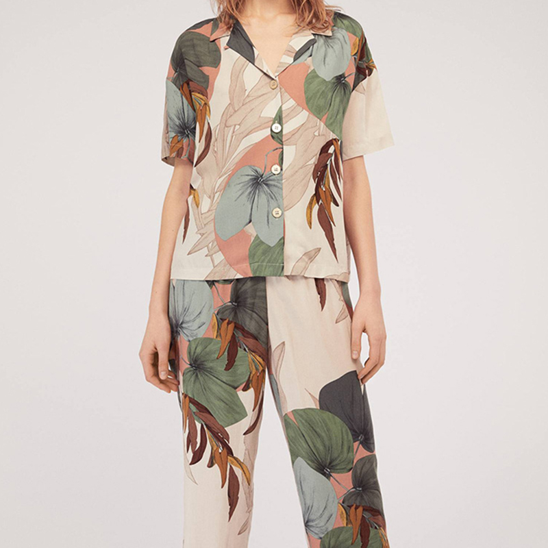 2019 Women's Short-sleeved Palm Leaf Printing Cropped Trousers Pajamas Set Leaves Lapel Casual Plus Size Loose Thin Sleepwear