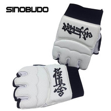 Kyokushin Kai Karate Gloves High Quality Fighting Hand Protector White Martial Arts Karate Training Protector Equipment цена 2017