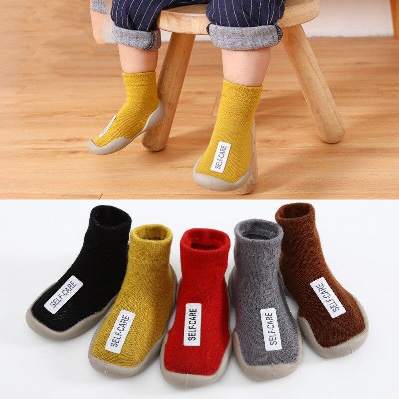 Мокасины для маленьких мальчиков и девочек, Нескользящие комнатные тапочки для детей, детские дышащие Хлопковые вязаные туфли с животными, ...