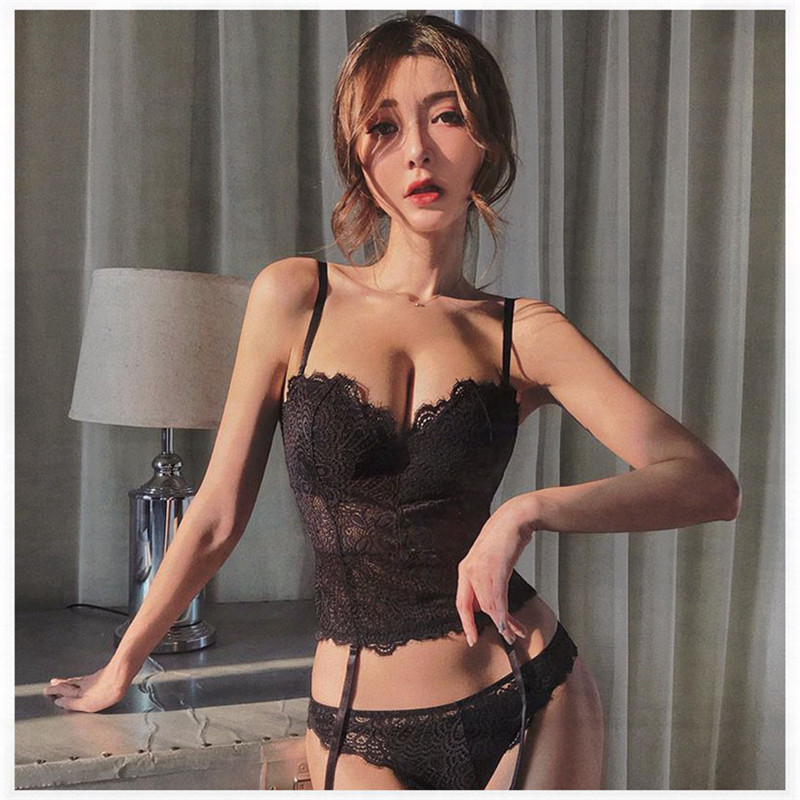 New Sexy Push Up Bra Set Fashion Underwear Lace Embroidery Flowers Bustiers Charming Women Plus Size C D Cup Lingerie And Thongs