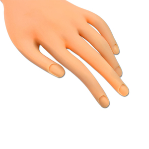Image 3 - 1 Pc Nail Art Training Practice Display Plastic Flexibele Fake Hand Voor Training Flectional Soft Model Schilderen Salon Tool SAND275
