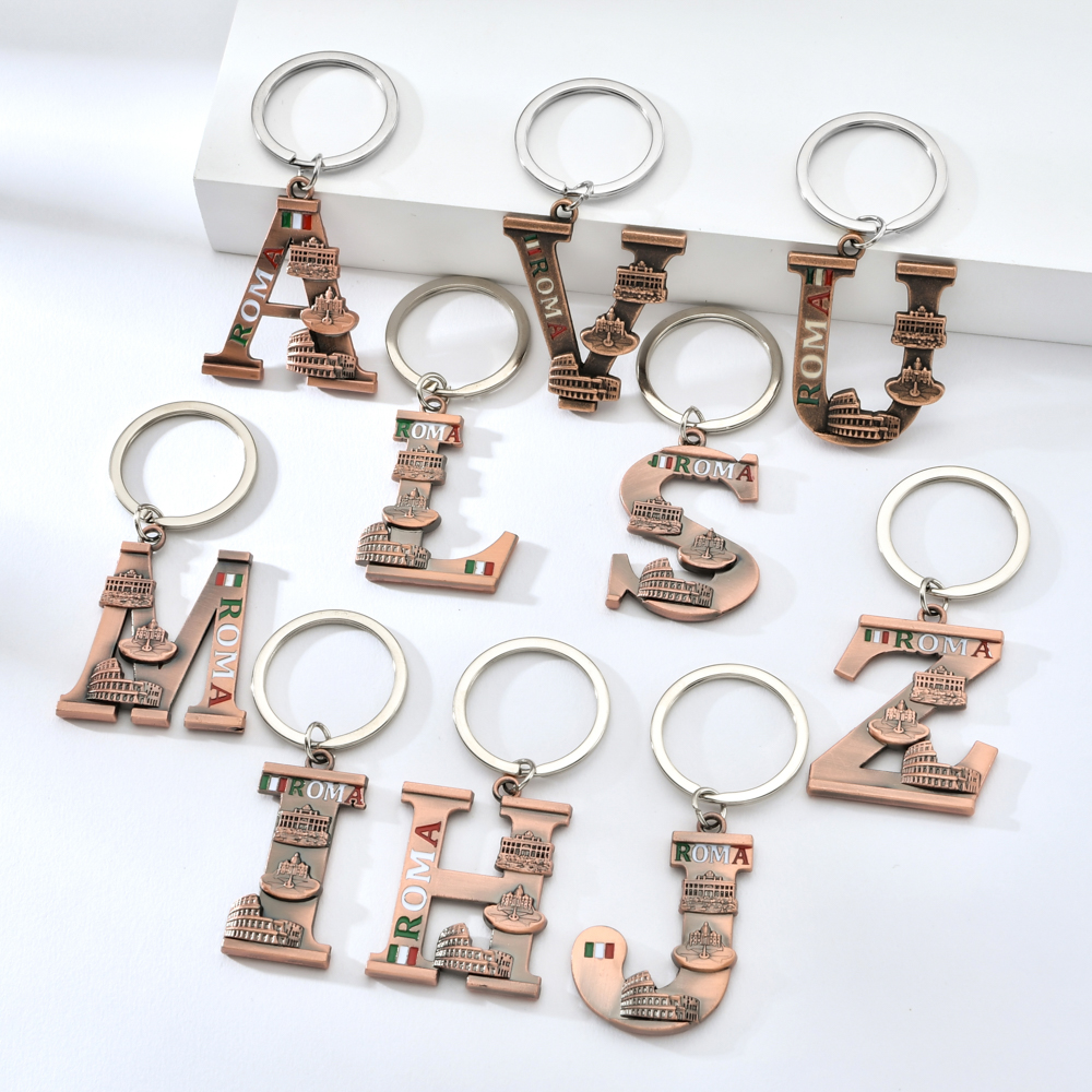 Vicney Antique Copper Letter Key Chain Roma Wishing Well Pantheon Colosseum Pattern Keychain Letter L I S Z Keychain Key Ring