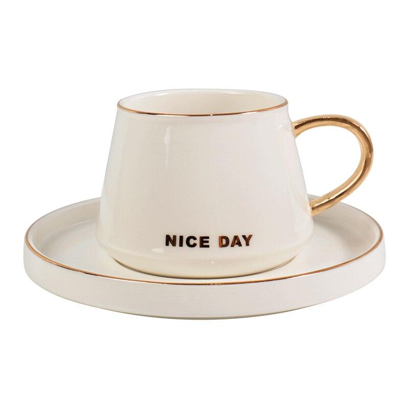 Белая Роскошная кофейная чашка скандинавские офисные винтажные фарфоровые кофейные чашки с золотым ободком Свадебные чашки для эспрессо ...