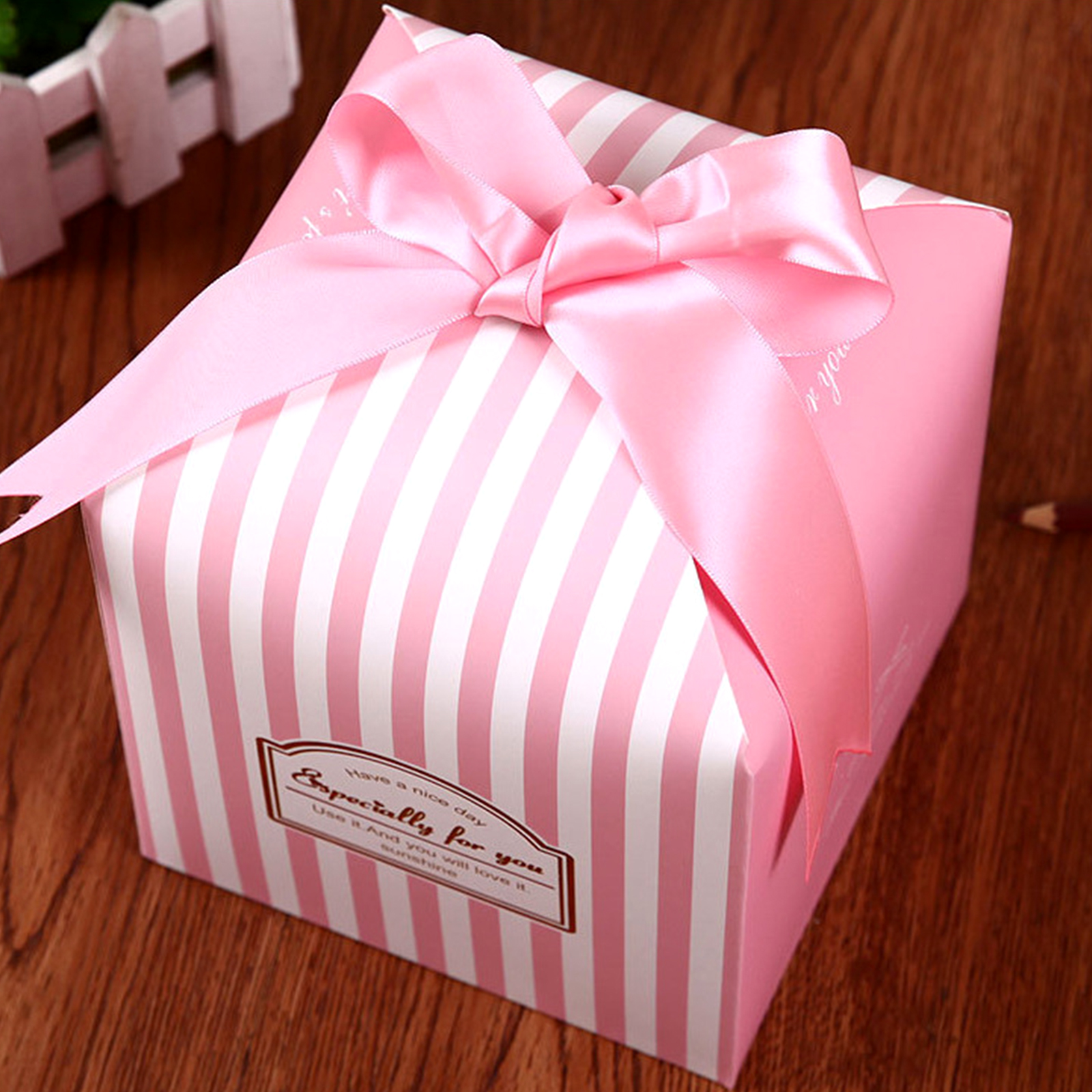 Wedding Flamingo Favors Candy Boxes Gift Box With Ribbons Baby Shower Wedding Birthday Party Supplies Goodie Bags