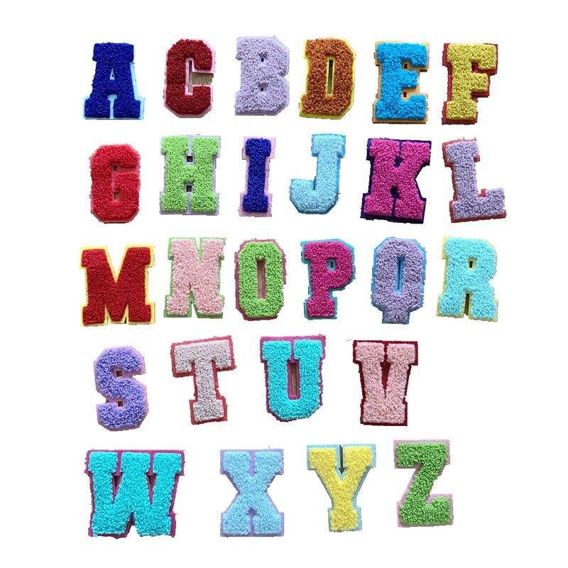 Новинка 2020 г., 3D Красочные строительные 26 букв, синель, вышитые нашивки, вышивка алфавитом, аппликация, 1 комплект
