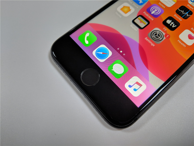 "Original Unlocked Apple iPhone 8 LTE Mobile Phone 256G/64G ROM 3GB RAM Hexa Core 12.0MP 5.5"" iOS Fingerprint Smartphone 4"