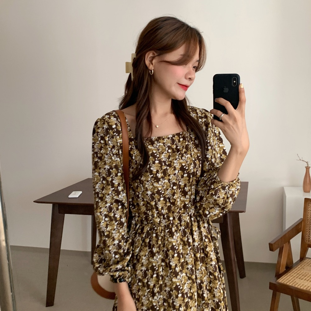 H9f56ac1cceca475c9bc754ab04018b5fu - Autumn Square Collar Lantern Sleeves Floral Print Midi Dress