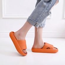 Plataforma grossa horsehold chinelos de banheiro interior feminino corrediças de eva macio anti-deslizamento de piso em casa sapatos de verão das senhoras
