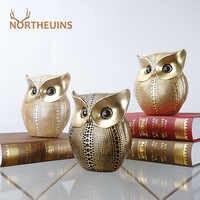 Figuras de búho dorado de NORTHEUINS, escultura de resina de animales para Interior, decoración de sala de estar, regalos para el nuevo año