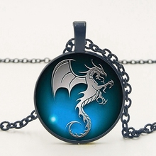 2019 / New Hot Dragon Flying Accessories Pendant Necklace Seahorse Pattern Glass Necklace Men and Women Clothing popular fashion products evil eye necklace retro glass cabochon pendant necklace men and women clothing accessories