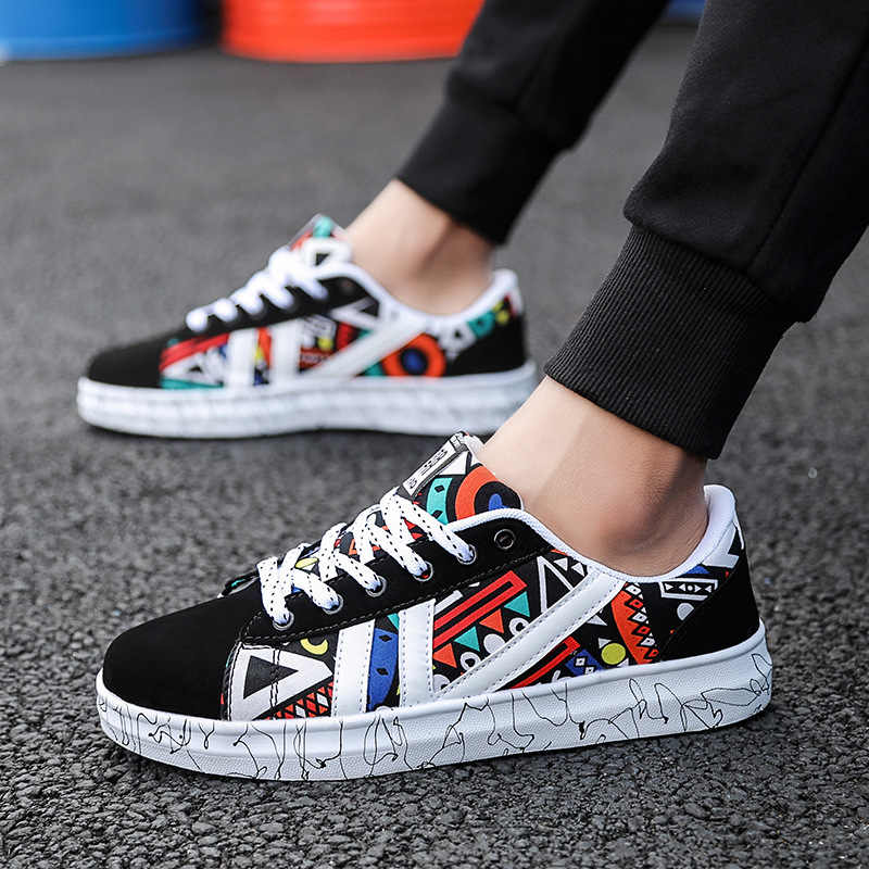 New canvas Sneakers men Footwear Low Casual Elastic All Shoes low help classic couple cloth shoes students leisure Print Shoes