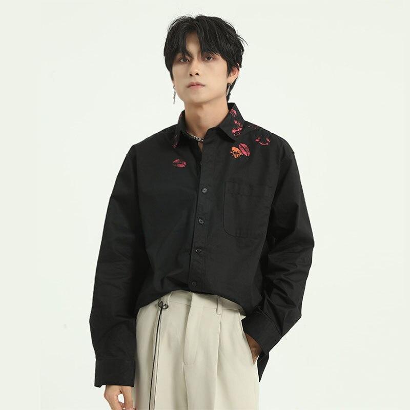 เสื้อแขนยาวผู้ชายสีขาวเสื้อเชิ้ตสีดำชายญี่ปุ่นเกาหลี Streetwear แฟชั่นหลวมผ้าฝ้ายเสื้อ