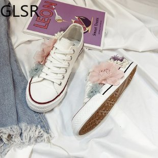 2021 Sneakers Wedges Canvas shoes Women's casual shoes Women's handmade custom Three-dimensional sequins Flowers White Flat