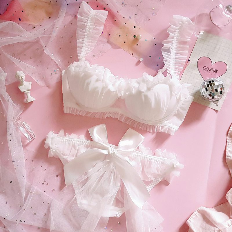 Young Girl Japanese Cute Lolita Wedding Lace Bra & Brief Sets Women's Ruffle Push Up Underwire Underwear Set Bra and Panty Set