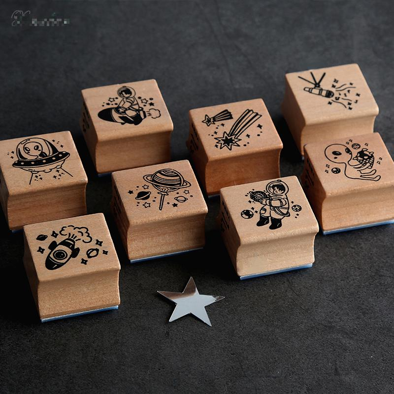 Vintage Astronauts Aliens Series Stamp DIY Wooden Rubber Stamps For Scrapbooking Stationery Scrapbooking Standard Stamp