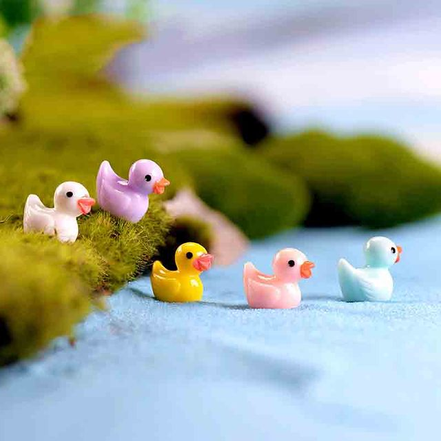 50 Pcs Mini Cute Ducks Miniatura Dollhouse Garden Home Bonsai Decoration Mini Toy Miniature Pvc Craft Ornaments Micro Decor DIY 3