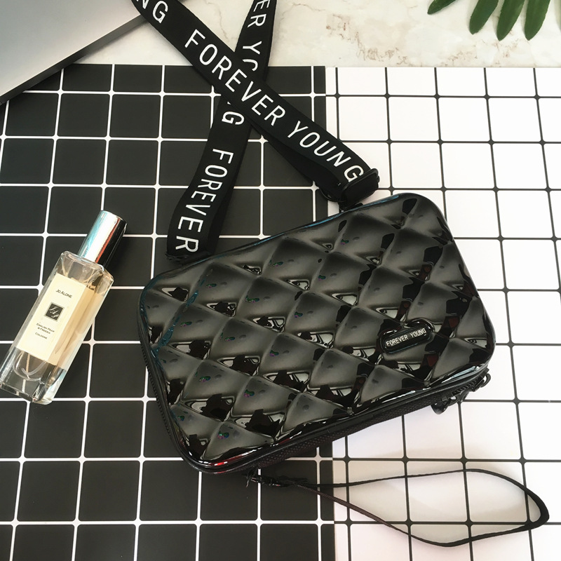 Fashion Luxury HandBags For Women 2019 New Suitcase Shape Totes Mini Luggage Bag Women Famous Brand Clutch Bag Small Box Bag