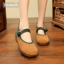 Veowalk النساء عالية الجودة سروال قصير ، اليدوية السيدات عادية الدانتيل متابعة حذاء مسطح الرجعية امرأة مريحة منصة رياضة قماشية