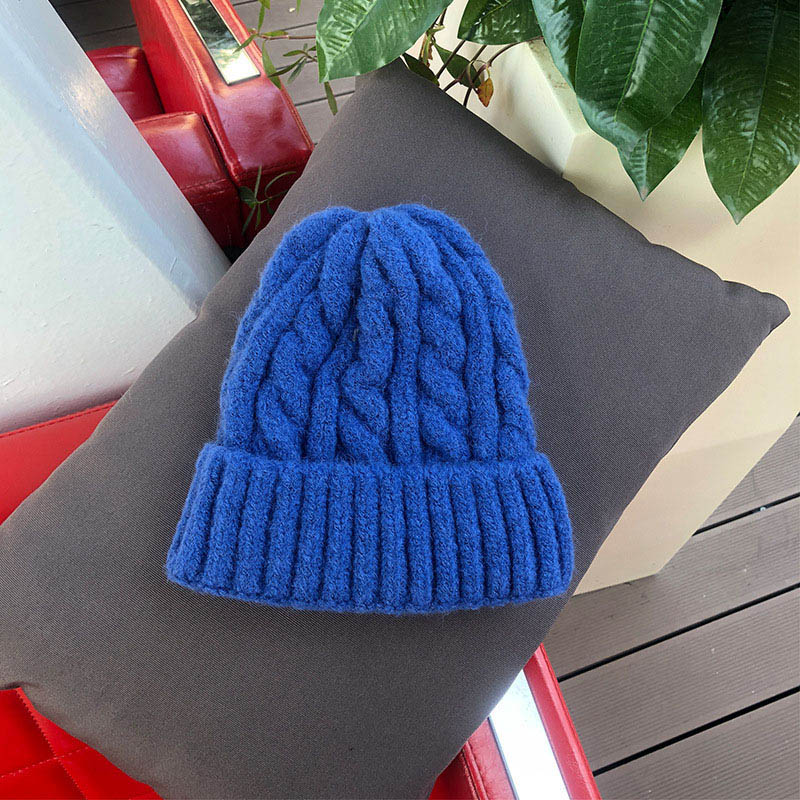 Women Beanies Girl Luxury winter hat Candy Colors Hats Thick Warm Bonnet Beanie Soft Knitted Beanies Cotton Twist Pattern Caps 9 3