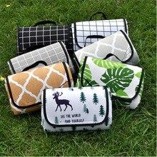цены на NEW WILOW Outdoor non-humid pad waterproof mat polyester material thickened picnic mat beach mat  в интернет-магазинах