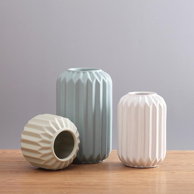 Modern Ceramic Vase Minimalist Creative Tabletop Vase Home Decoration Vase Fashion Modern European Style Geometric Flower Vase 3