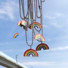 Ожерелье с кулоном в виде радуги подходит для женщин и мужчин