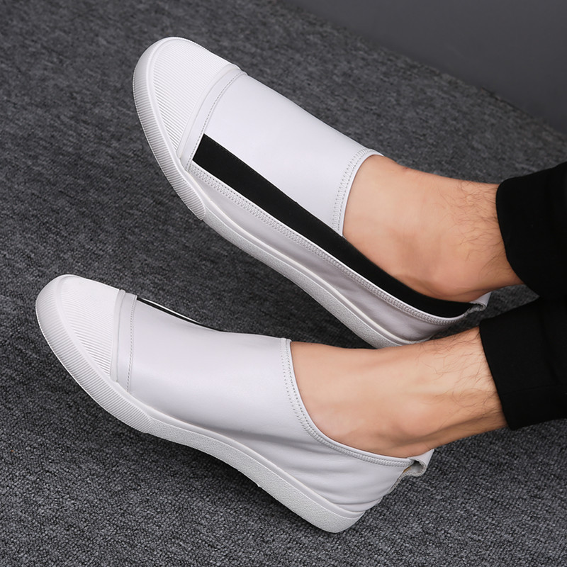 Men Casual Shoes High Quality Leather Slip On Mens Loafers Breathable Outdoor White Sneakers Soft Light