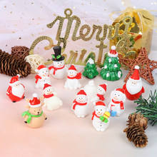 Miniature Christmas Tree Santa Claus Snowmen ของขวัญกล่อง Terrarium อุปกรณ์เสริม Fairy Garden Figurines Doll House Decor(China)