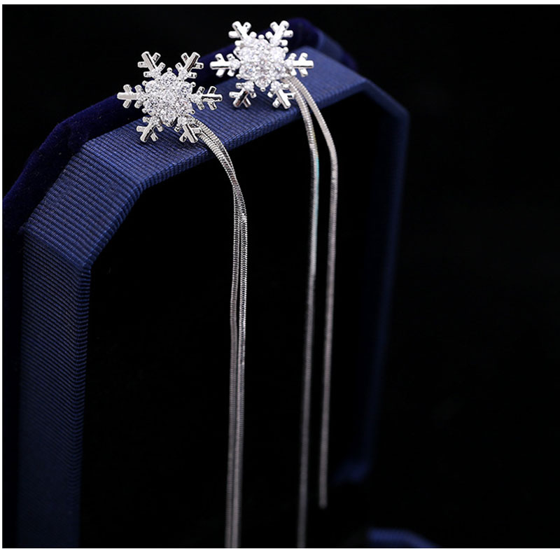 Personality elegant Prevent Allergy snowflake Fashion Stud Earrings High Quality exquisite Long Tassel Earrings Fashion Simple