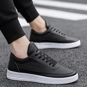 Image 4 - Mężczyźni biały płaskie buty sznurowane wygodne skórzane Sneaker dla mężczyzn Tenis Masculino Adulto najwyższej jakości mężczyźni koreańskie buty nieformalne