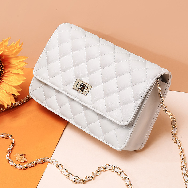 Cowhide Womens Single Shoulder Bag Diamond Lattice Chain Small Bag Summer Woman Real Leather White Flap Bag Luxury Women BagsCowhide Womens Single Shoulder Bag Diamond Lattice Chain Small Bag Summer Woman Real Leather White Flap Bag Luxury Women Bags