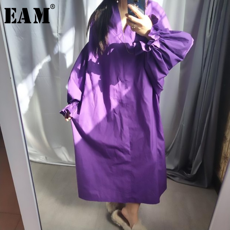 [EAM] 2020 Spring Summer Woman Stylish New Black Color Pleated Long Puff Sleeve V Neck Long Loose Draped Big Size Dress LG029