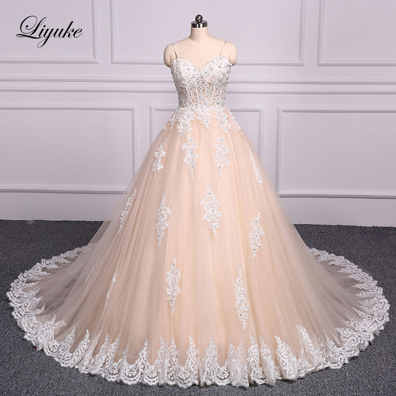 Liyuke Spaghetti Straps Champagne Ball Gown Wedding Dress Embroidery Floor Length Court Train Bridal Dress robe