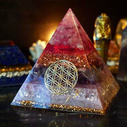 Orgonita Piramide розовый Orgonite конвертер энергии эмоциональные отношения увеличивают частоту любовь рождественский подарок