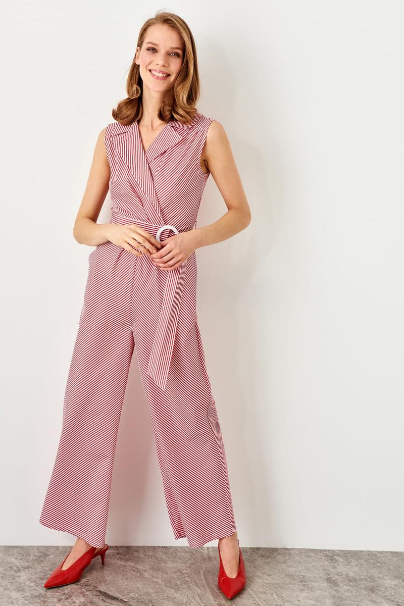 Trendyol Red Collar Detaylı Jumpsuit TWOSS19BY0061