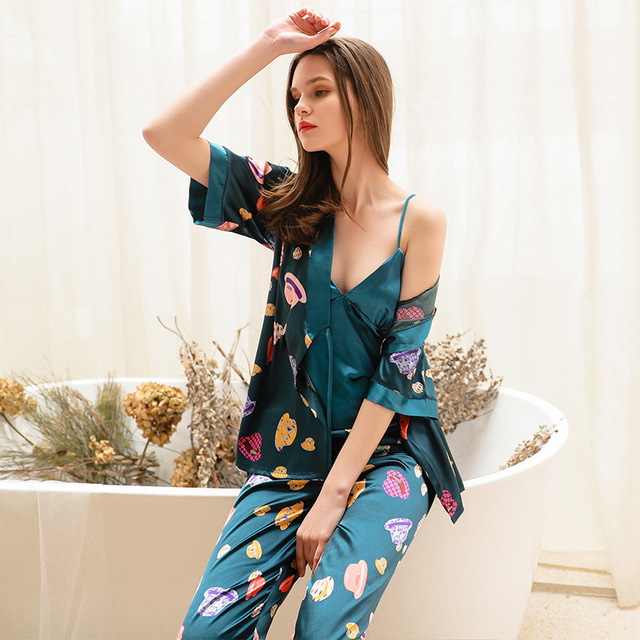 2019 Phụ Nữ Đồ Ngủ Bộ Với Quần 3 Mảnh Lụa Mỏng Quần Áo Ngủ Pijama Nhà Quần Áo Satin Thời Trang Hoa In Pijama Ngủ