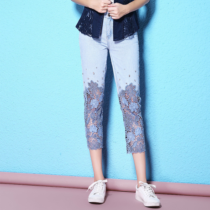 2019 Embroidered flares hollow out jeans summer calf length light blue denim ladies jeans large size