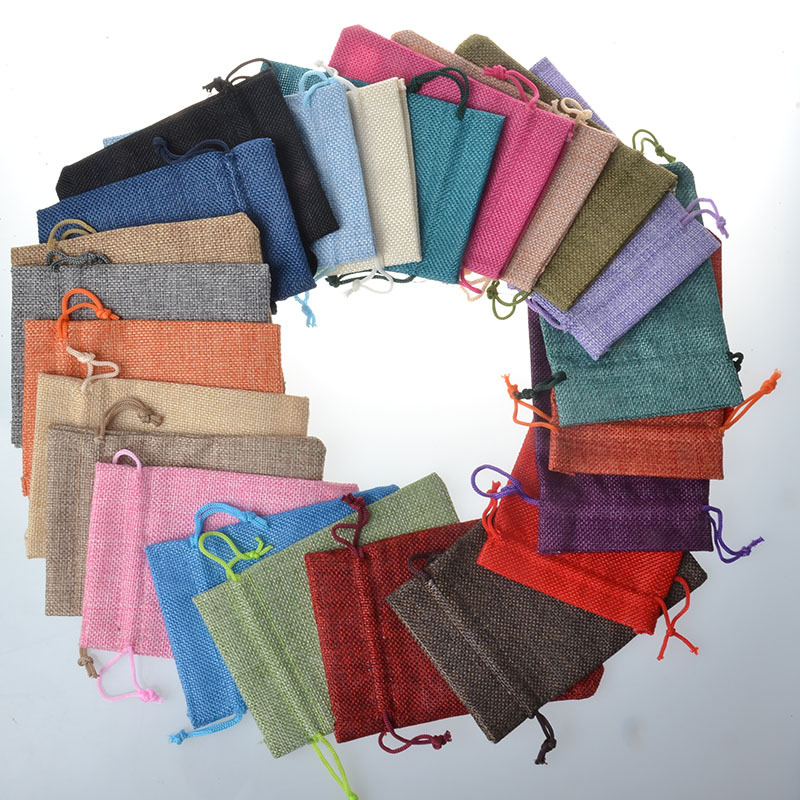 50pcs Colorful Wedding Favor Christmas Hessian Burlap Jute Gift Bags 7X9 9X12 10X14 13X18CM Double Drawstring Pouch Home Decor in Gift Bags Wrapping Supplies from Home Garden