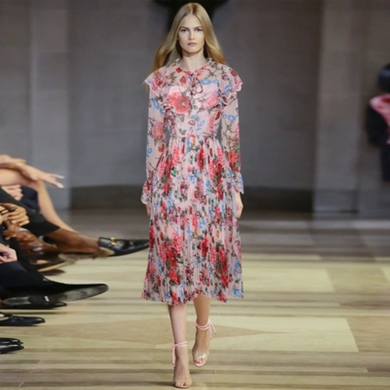 Дизайнер взлетно посадочной полосы платье 2019 Новинки для женщин Модный Принт Цветочный Плиссированное Шелковое платье с оборками плащ с дл