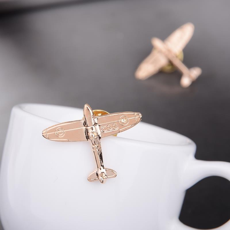 1pc Business Suit Use Plane Brooch T Shirt Jewelry Accessories Decorative Clothes Jewelery Lapel Women Men Brooches