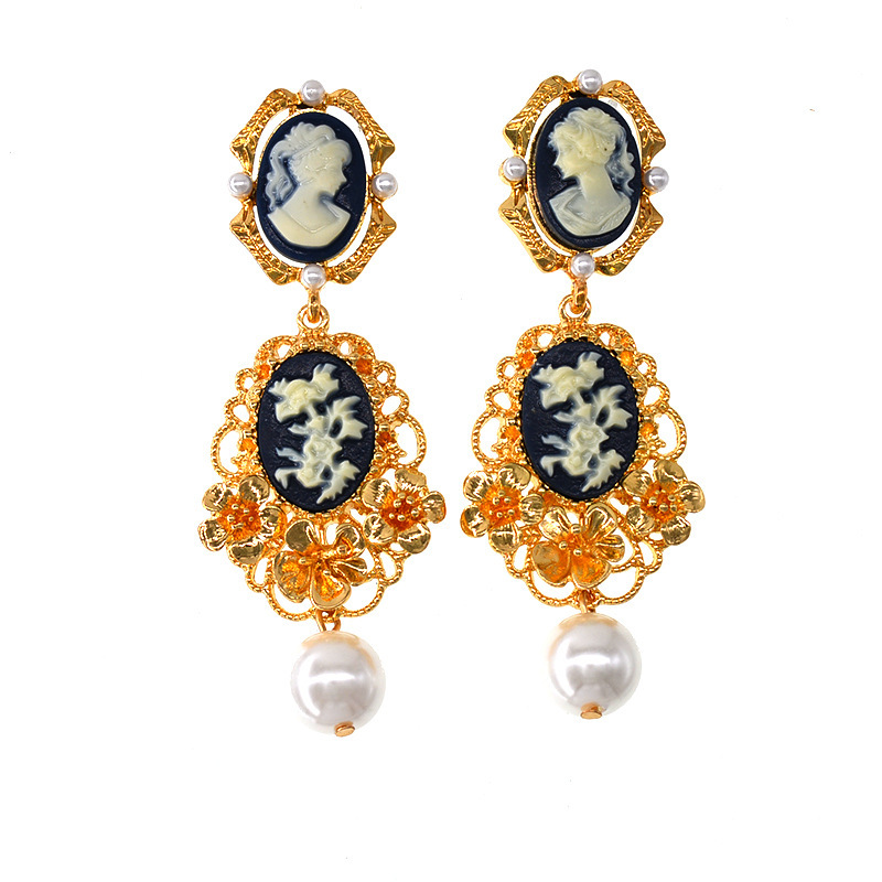 50c130d45d4a Nueva belleza cabeza perla pendientes flores pendientes de las señoras  pasarela de moda de estilo pendientes
