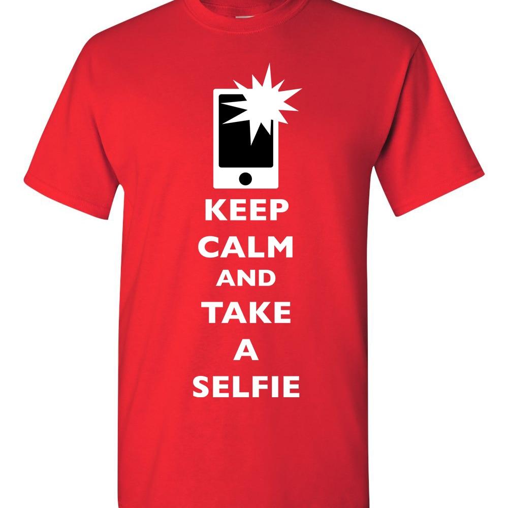 Tetap Tenang Dan Mengambil Selfie Flash Kamera Ponsel Gambar