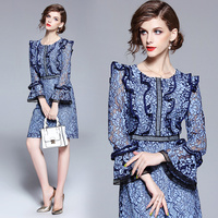 2018 New Runway Designer butterfly Sleeve Fashion Sexy dress blue lace Luxury Brand Fall autumn Lace Dress