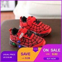Spider man ragazzi scarpe con la luce Bambini incandescente scarpe da  tennis Per Bambini ragazzo Scarpe 2a949066a95