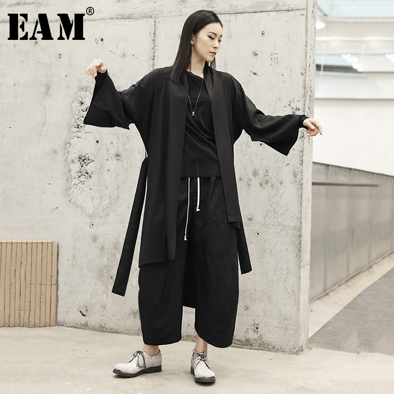 [EAM] 2019 New Spring Summer V-collar Long Sleeve Black Loose Irregular Big Size Windbreaker Women   Trench   Fashion Tide JO472