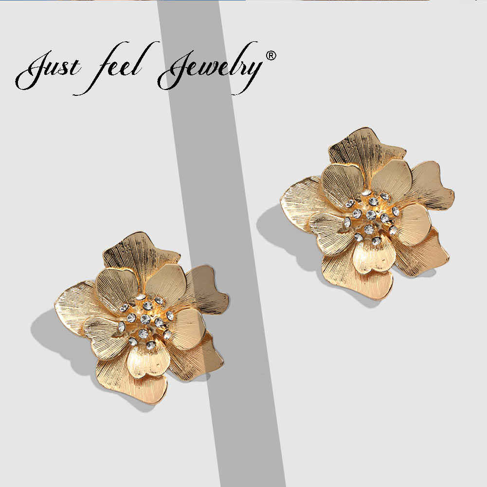 JUST FEEL 2019 New Gold Color Flower Stud Earrings For Women Crystal Bohemian Wedding Fashion Statement Earrings Vintage Jewelry