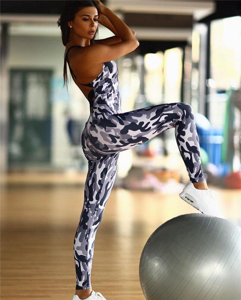 фото комбинезон для фитнеса пышные